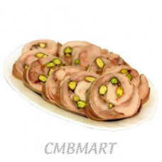 Chicken roll with pistachios