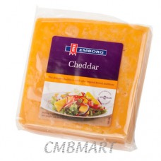 Emborg Cheddar Coloured Cheese. 250 g